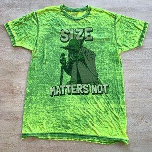 "Star Wars Yoda "" Size Matters Not "" T shirt sz M"